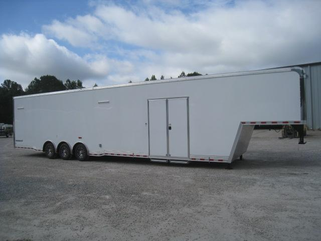 2019 Cargo Mate Eliminator 44' Gooseneck Racing Trailer with Lots of Extra