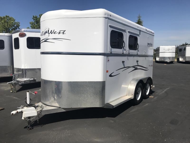 2014 Trails West Manufacturing Classic 2 Horse BP Horse Trailer