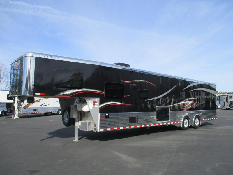 2019 Sundowner Trailers 2286GM Toy Hauler