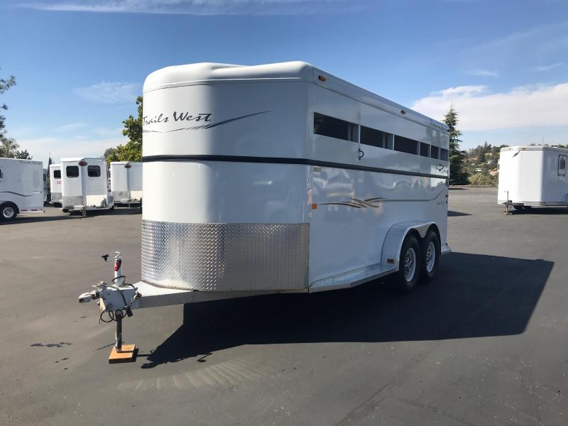 2005 Trails West Manufacturing BP 3H SANTE FE Horse Trailer