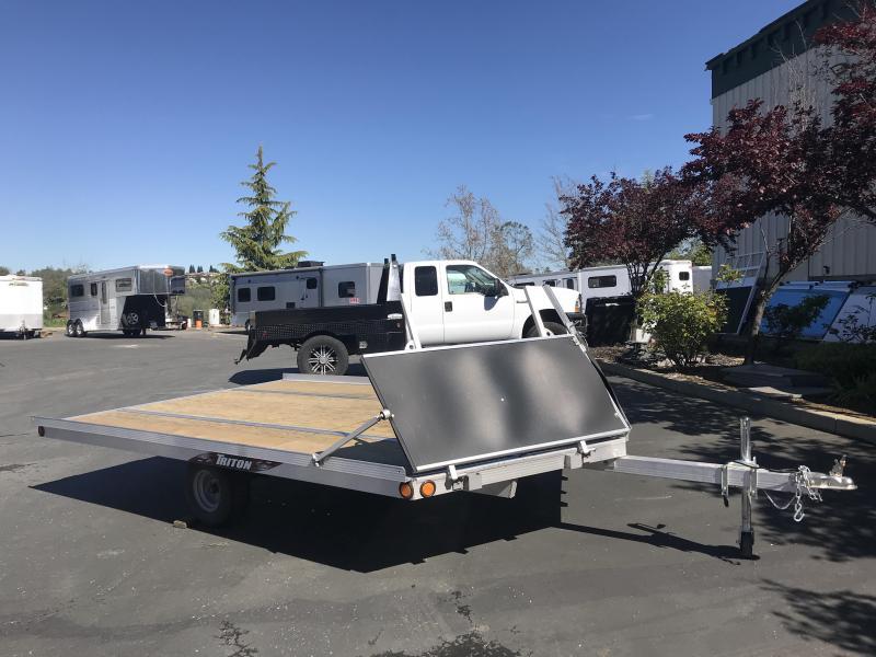 2019 Triton Snowmobile Elite