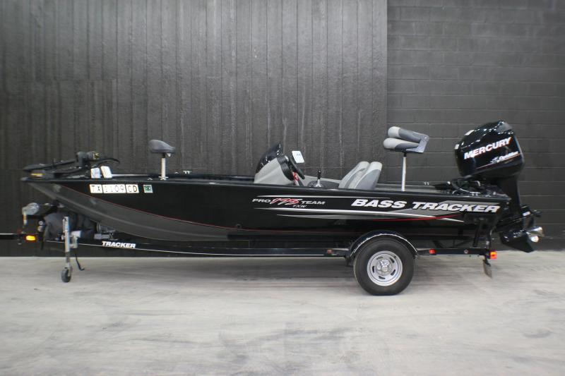 2014 Bass Tracker Pro 175 Fishing Boat