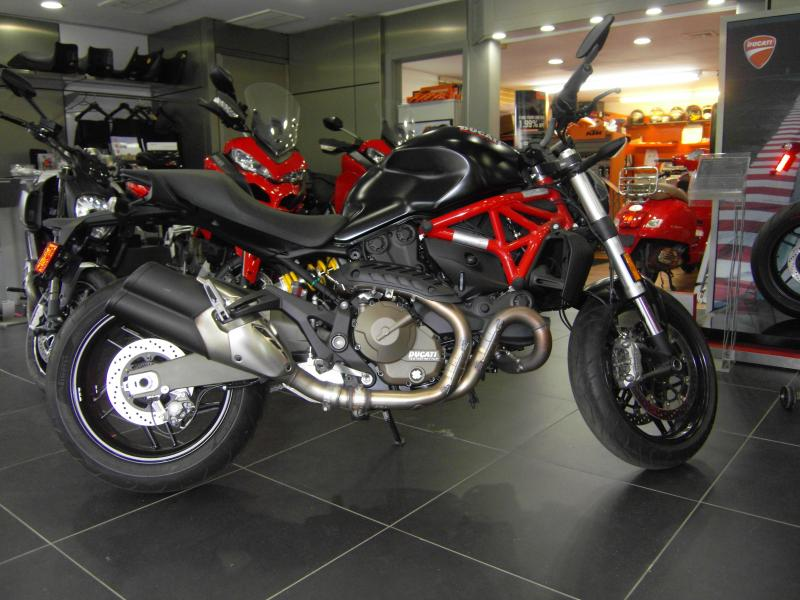 2016 Ducati Monster 821 Dark Custom