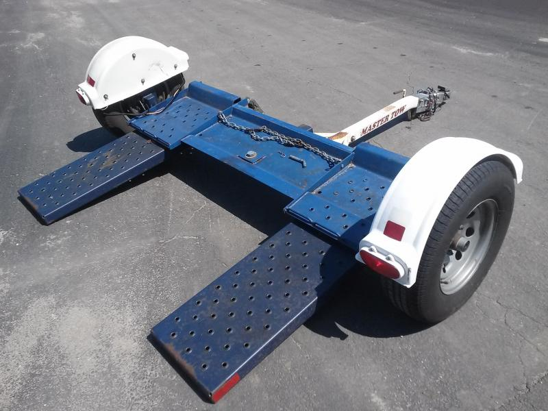2000 MASTER TOW - CAR DOLLY W/ SURGE BRAKES & NEW TIRES