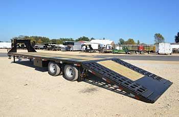 22GN-40-HDT BIG TEX FLATBED EQUIPMENT TRAILER W/ 9' HYDRAULIC DOVE TAIL