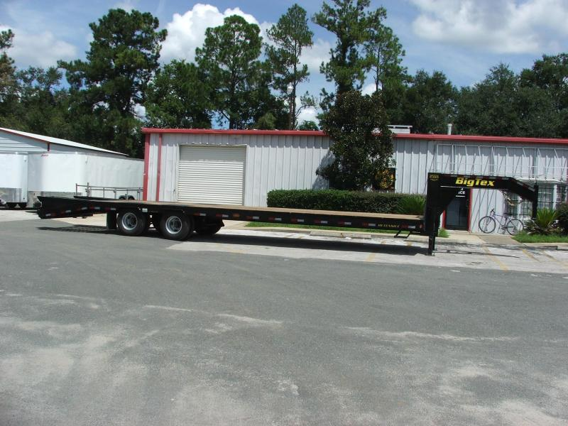 25GN-28BK+5 FLATBED TRAILER W/ EXTRA FEATURES INCLUDING TORQUE TUBE AND SLIDING WINCHES