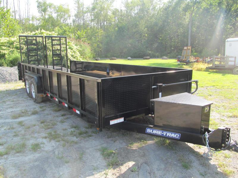 Sure-Trac 7 X 22 Closed Side Equipment Trailer