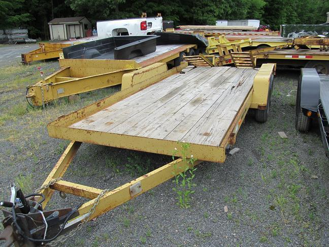 2007 Cross Country  4 Ton Equipment Trailer