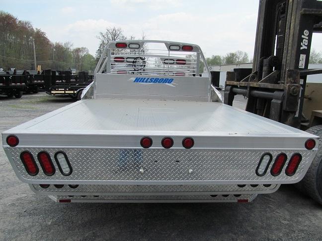 Hillsboro 2000 Series Aluminum Flatbed Horse Stock