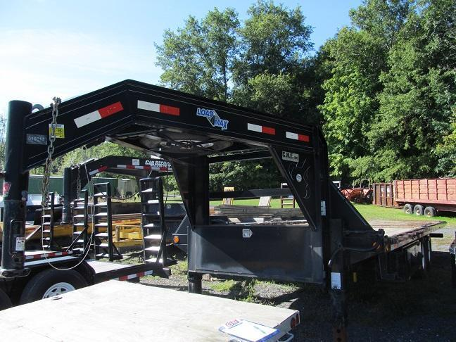 2010 Load Trail 24 Deckover Power Tilt GN Equipment Trailer