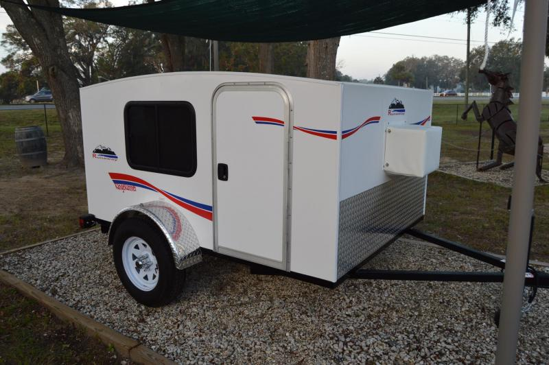 2015  RangeRumnner Travel Trailer