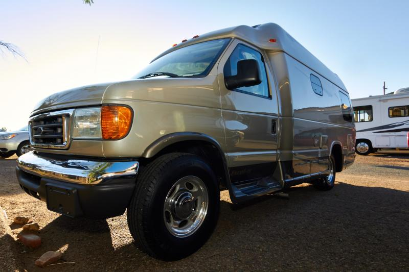 2007 Pleasureway Excel TS Ford Class C RV
