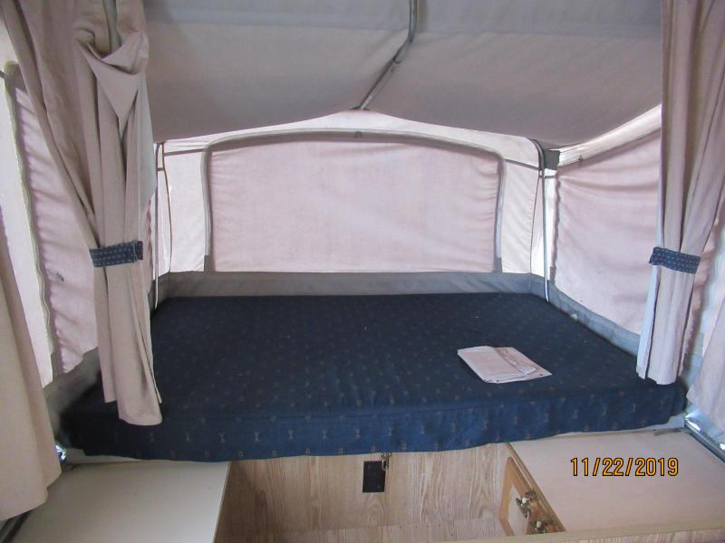1994 Dutchman 801 Popup Camper RV
