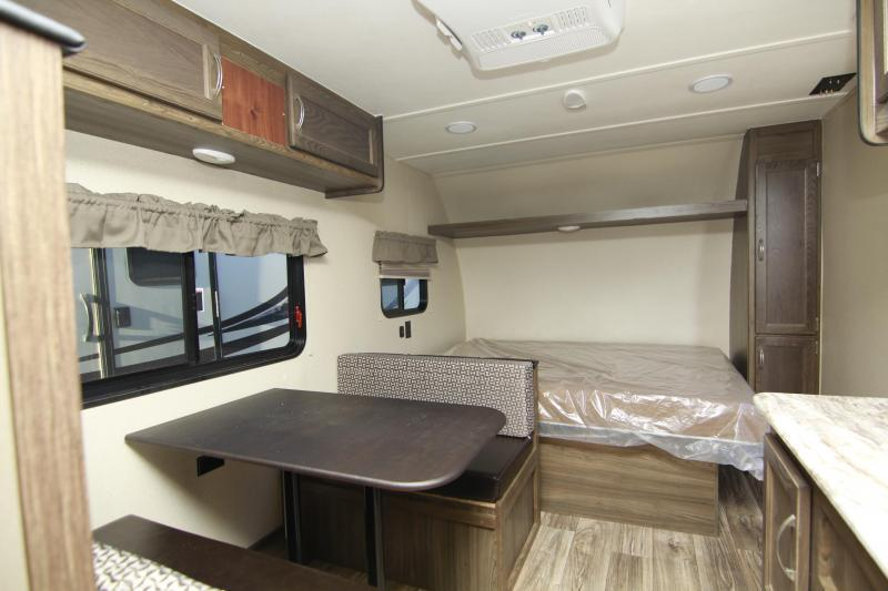 2020 Chinook Dream D175 bunk house Travel Trailer RV