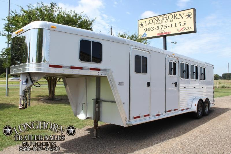 2007 Featherlite 4 Horse with 6ft Tack Room