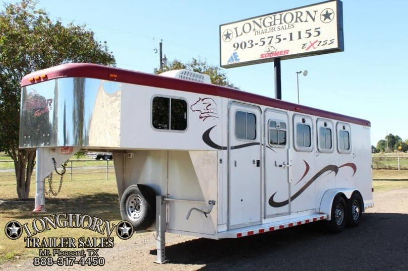 2003 Sooner 4 Horse with Front Tack Room