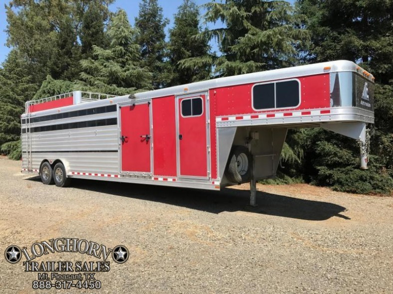 2011 Elite Trailers 30 SHOW CATTLE COMBO