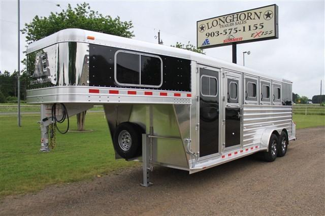 2017 Elite Trailers 4 Horse with Drops on Head Tail Aluminum Wheels Horse Trailer