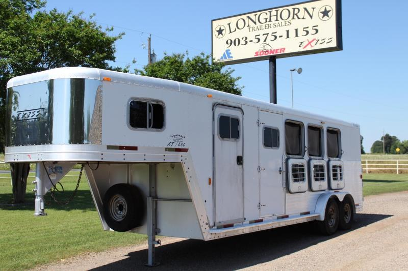 2001 Exiss Trailers 4 Horse with 4ft Tack Room Horse Trailer
