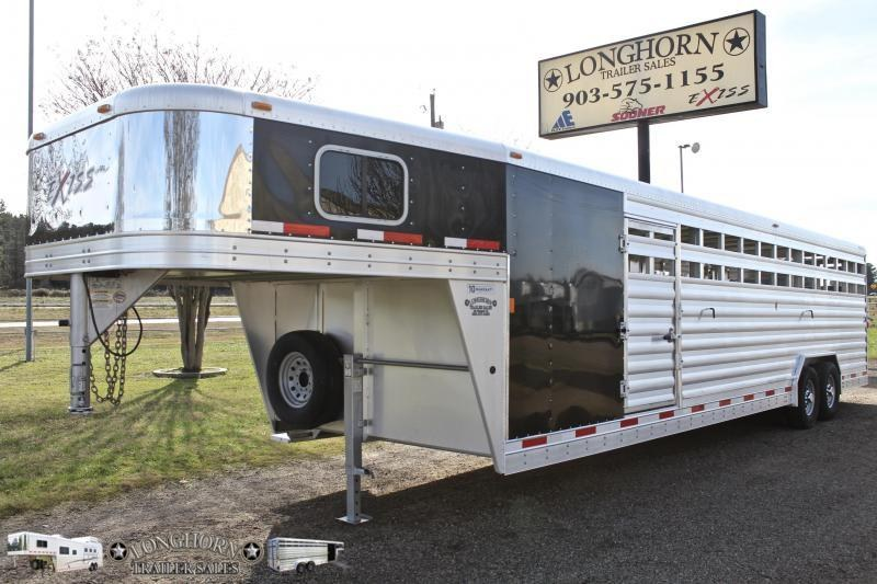 2014 Exiss 30ft Show Cattle Combo with 5ft Tack Room