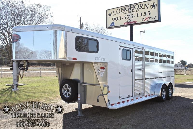2018 Sundowner 21ft Show Cattle with Side Ramp