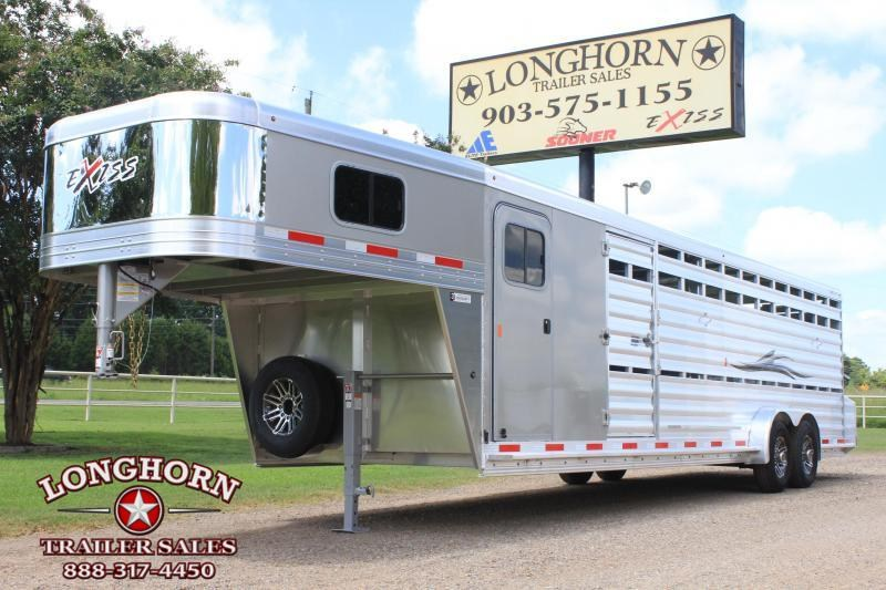 2019 Exiss 28' Show Cattle Combo with Double Side Ramps