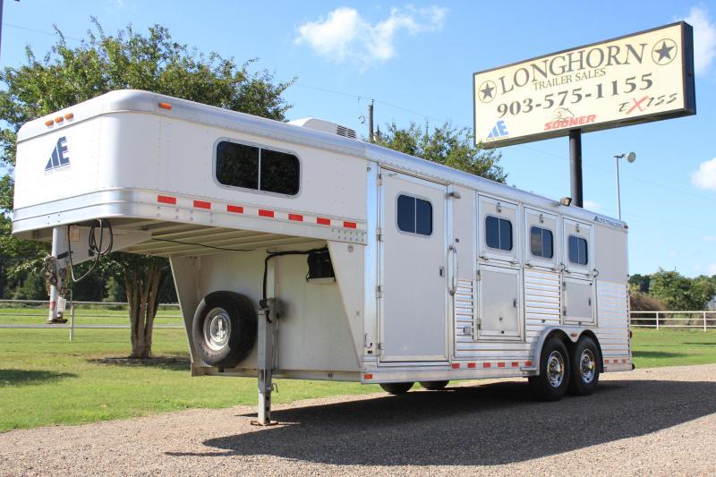 2007 Elite 3 Horse 4ft Weekender Package