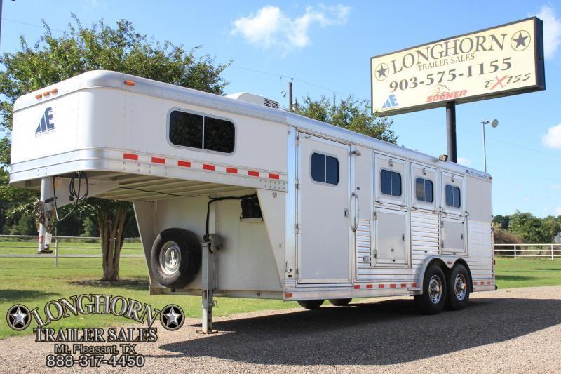 2007 Elite 3 Horse 4 Weekender pkg