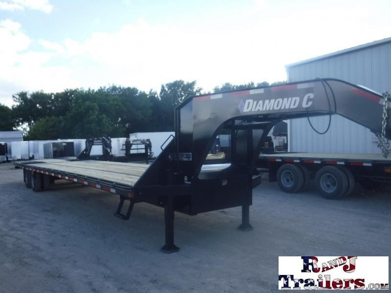 2018 Diamond C Trailers 102 x 40 FMAX 212 Equipment Trailer