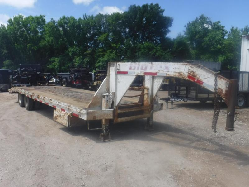 1999 Big Tex Trailers 20 Gooseneck Equipment Trailer