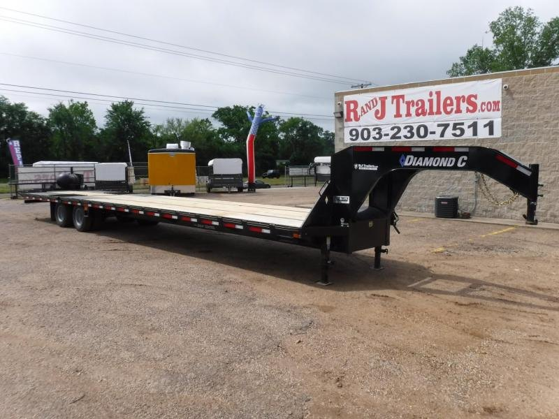 2019 Diamond C Trailers 102 x 40 Fmax212 Equipment Trailer