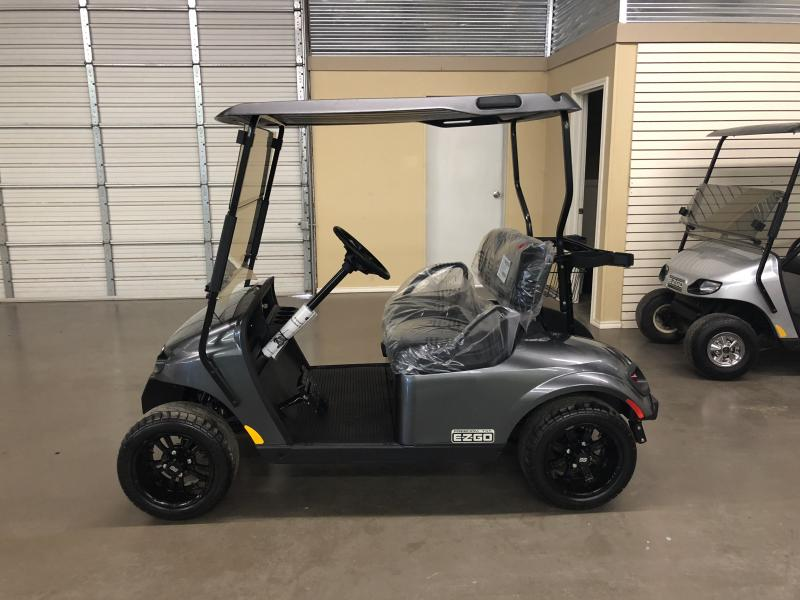 2018 E-Z-GO  golf cart carts car