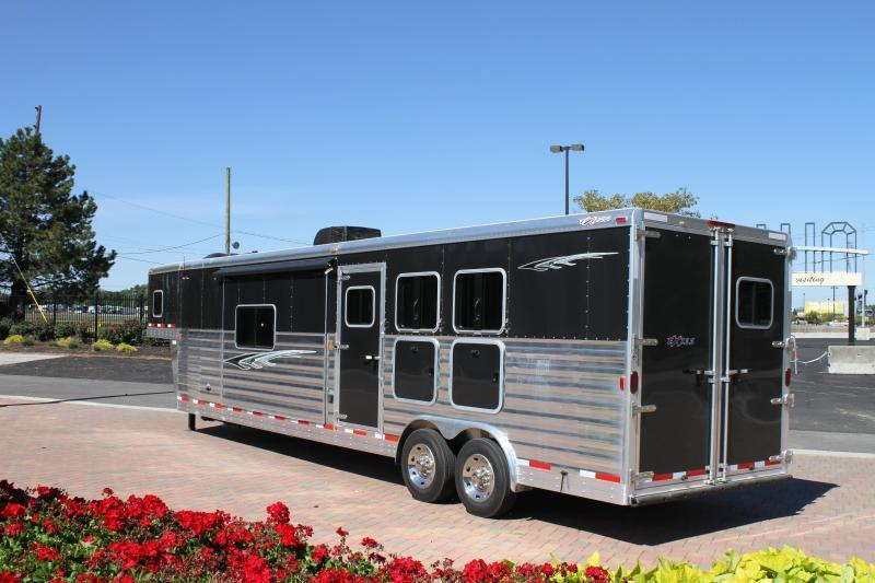 2015 Exiss 8316.5 Glide LQ Horse Trailer