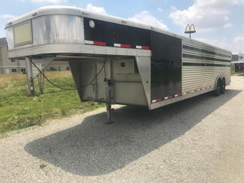 2013 Exiss Trailers Exhibitor 8030 Livestock Trailer
