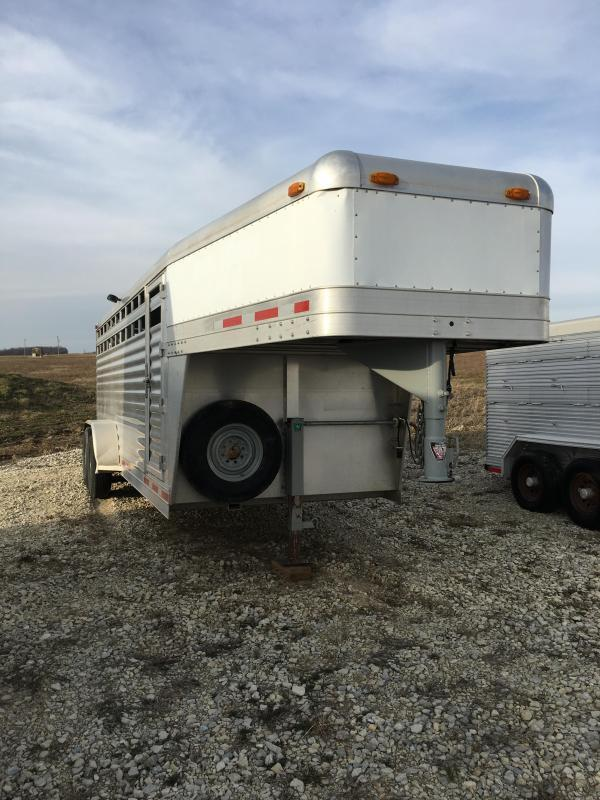 2002 4-Star Trailers stocktrailer Livestock Trailer