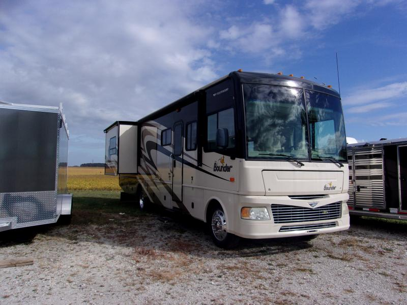 2008 Fleetwood RV Bounder Class A RV