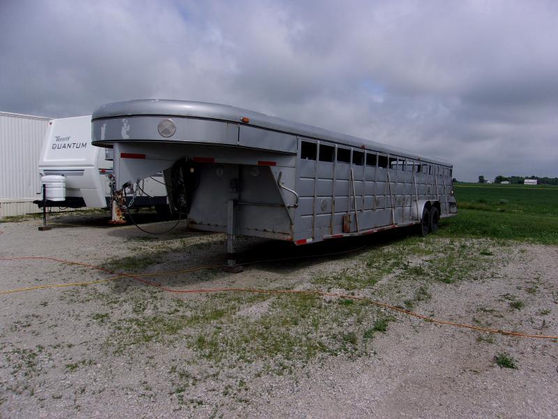 1992 Century Caps 7x32 Stock Combo Livestock Trailer