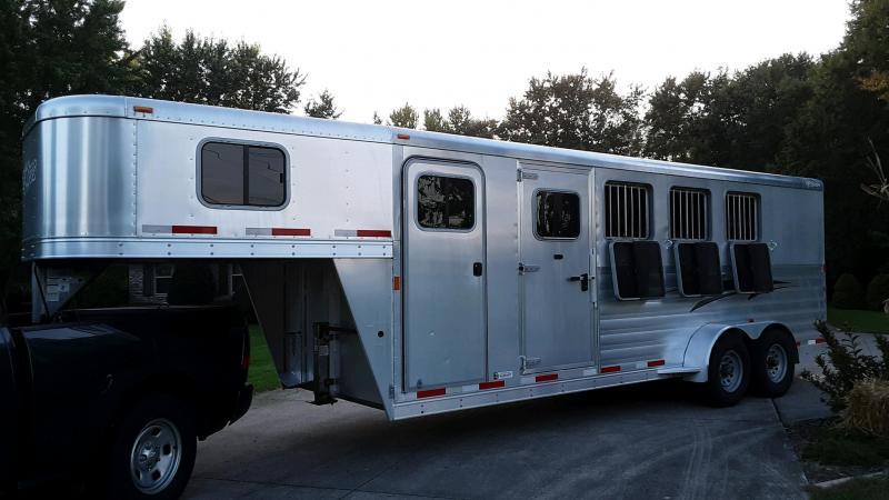 2013 Exiss Express SS 4 Horse Trailer