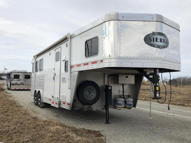 2018 Sierra 8308 LQ 3 Horse Trailer
