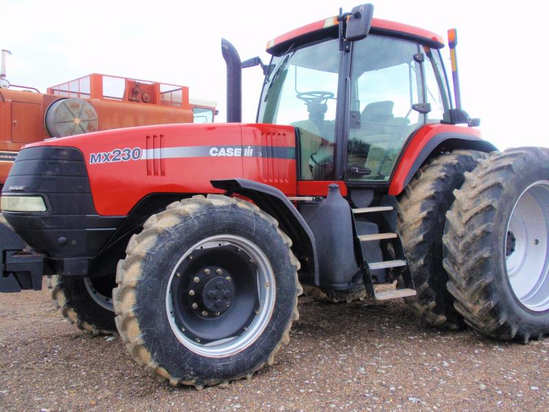 2004 Case MX230 Tractor