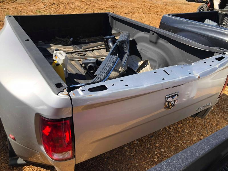 2015 DODGE DUALLY 4X4 TRUCK BED