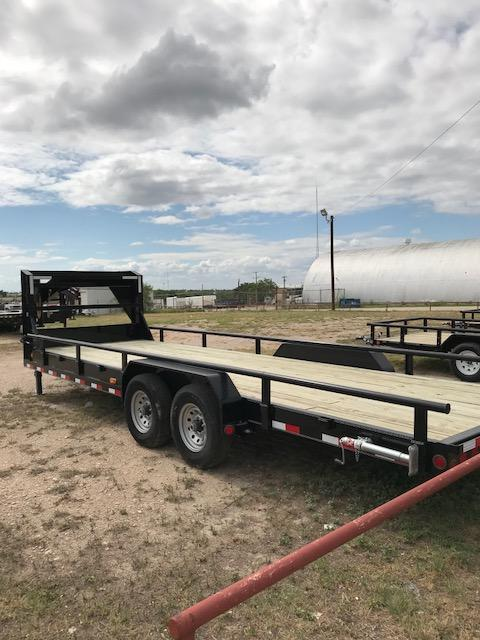 2019 PJ Trailers CCR2072BSSK Equipment Trailer