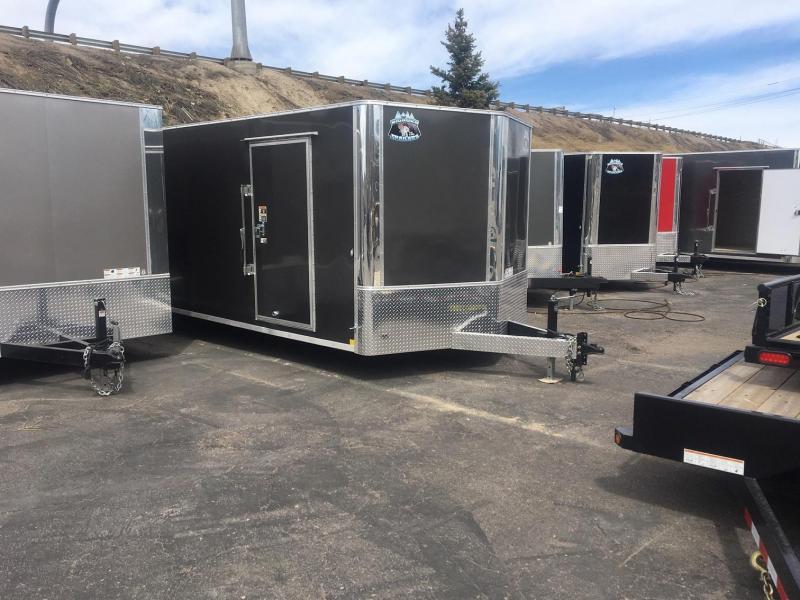 2020 R&M 8.5x24 v-nose 10k (TAC) Car / Racing Trailer-Wheat Ridge
