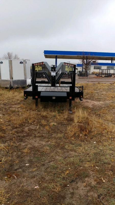 2017 Big Tex Trailers 14GN-205 Equipment Trailer