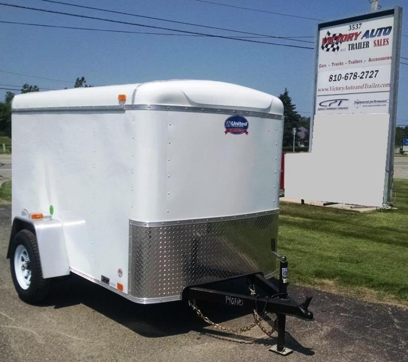 2014 United Trailers ULH-58SA30 Cargo / Enclosed Trailer