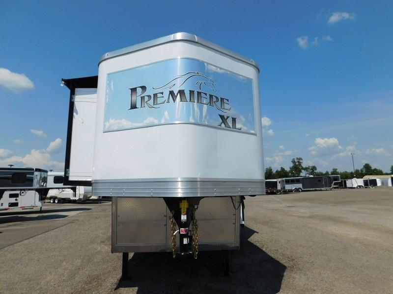 2016 Bison Trailers 8419PRXL Horse Trailer