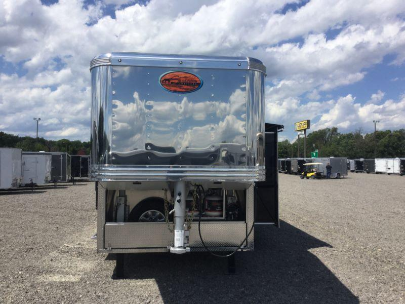 2017 Sundowner Trailers RS8316SL Horse Trailer
