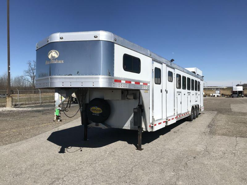 2011 6 HORSE BLUE RIBBON GOOSENECK W/DRESS HORSE TRAILER