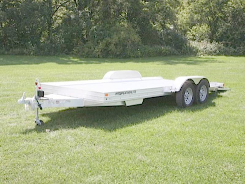 "2018 Featherlite Trailers 3110 Flatbed Trailer - 17' 6"" x 8'6"""