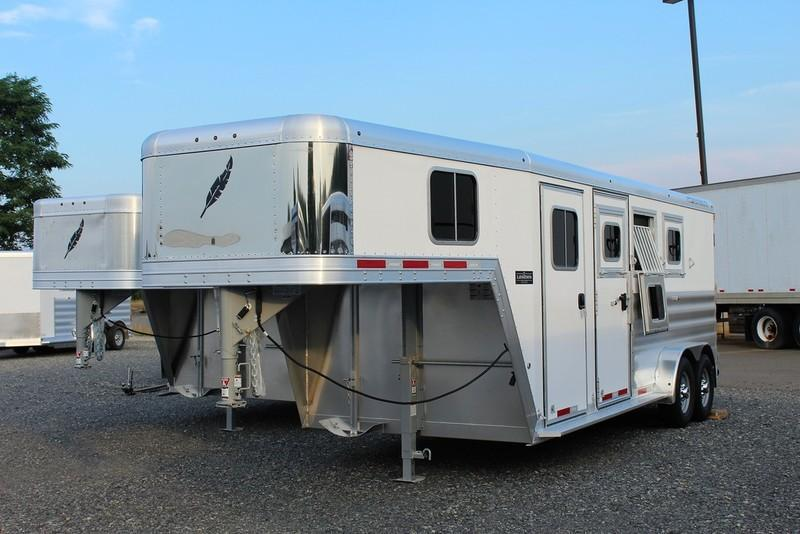 2017 Featherlite Trailers 8542 Legend 3H
